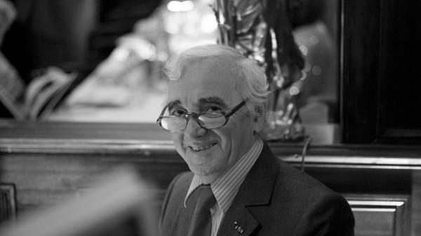 92 anni e 5 minuti di applausi per il grande Aznavour