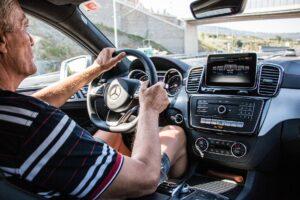 auto guidare over 70 automobile guida patente euro 1
