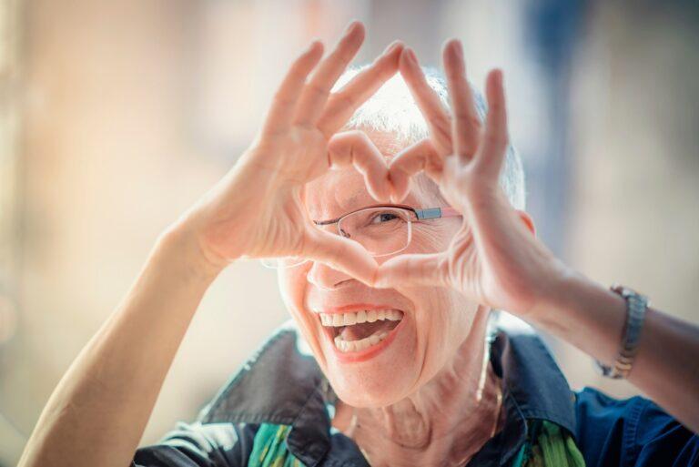 L'appello di HelpAge per i diritti degli anziani.