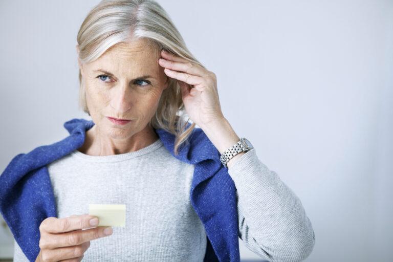 Un recente studio rivela un legame tra salute del cervello e condizioni dell'intestino.